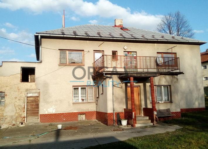 Prodej dvougeneračního rodinného domu s vymínkem a pozemky Petřvald u Nového Jičína